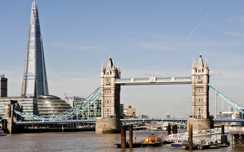 xLondon-Economy-800x500_c.jpg.pagespeed.ic.g9TZzXoce5