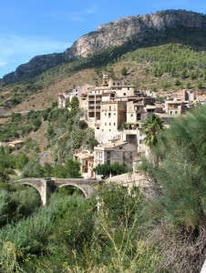 Priorat walk - village of La Vilella Baixa