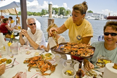 St Michaels seafood restaurants delight the visitor (StMichaelsMD.com)jpg.RSZ