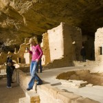 Exploreing the cliff dwellings of Mesa Verde National Park
