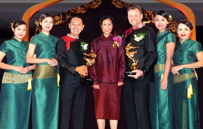 1. Oasis Spa Win 2 Trophies of Excellece Day Spa at Thailand Tourism Award 2015