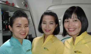 Happy VN Dreamliner crew