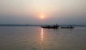 Sunrays and river Ganga usher new hope at Varanasi