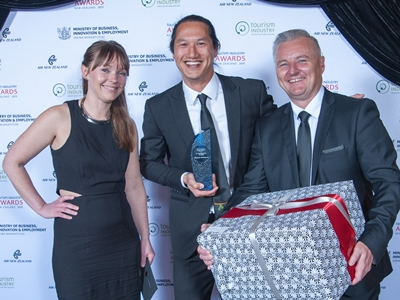 Ziptrek Ecotours (from L) Ariana Kelly, director Trent Yeo and Stu Cordelle receive their Environmental Tourism Award