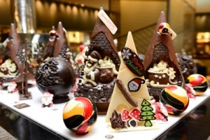 4. Festive Season at Holiday Inn Bangkok
