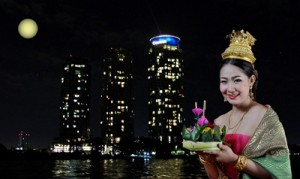 EXPERIENCE AN AUTHENTIC THAI TRADITION LOY KRATHONG FESTIVAL AT CHATRIUM HOTEL RIVERSIDE BANGKOK