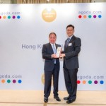 General Manager of Marco Polo Hotels - Hong Kong, Mr James Ong (left) is delighted that Marco Polo Hongkong Hotel has been honoured with this prestigious accolade.