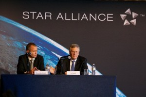 Star Alliance_CEB 2015_Mango CEO Nico Bezuidenhout and Star Alliance CEO Mark Schwab