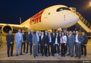 csm_A350_XWB_DELIVERY_TO_TAM_AIRLINES-tarmac_84194d13bb