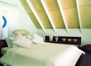 44153716-L1-Dhoni_Loft_Suite_Bedroom