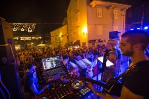 Croatia_Korcula_Street_Party_Concert_Music_Band-Shereen_Mroueh_2014-IMG2723_Lg_RGB