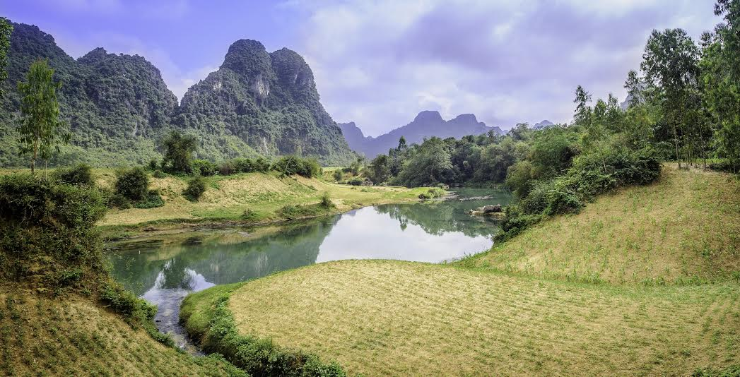 http://www.dreamstime.com/royalty-free-stock-images-river-phong-nha-ke-bang-national-park-vietnam-image29866299