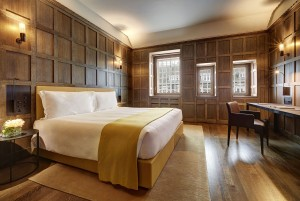 Hotel Cafe Royal - Tudor Suite - Bedroom