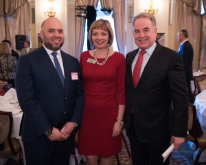 Pictured from left are: His Excellency Majid Al Suwaidi, Consul General United Arab Emirates in New York; Mary Ellen, The Wings Club President and Vice President Sales for Asia Pacific and China, Pratt & Whitney; and James Hogan, Etihad Airways President and Chief Executive Officer, at the Wings Club luncheon held at The Yale Club in New York (21 April 2016).