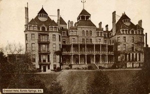 USA Crescent_Hotel,_Eureka_Springs,_Arkansas_that Norman G Baker converted to a fake cancer curing clinic in 1937.(Arkansas Historical Archives.rsz