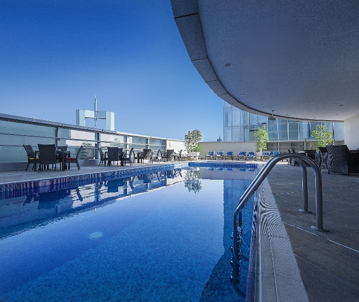 emirates-grand-hotel-swimming-pool-1
