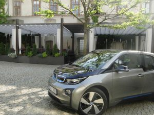 MOPRG  i3 electric car