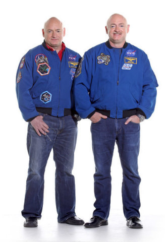 Mark_and_Scott_Kelly_photo
