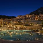 Park_Hyatt_Mallorca_pool_view_at_night