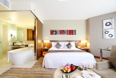 Business Service at Its Best with Stay Smart Package at Centara Grand at Central Plaza Ladprao Bangkok