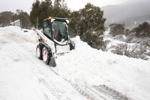 Mountain Crew working overtime with 40cms of fresh snow down to the Village