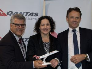 Qantas Melb MCY services announced - SC Airport's Peter Pallot with Qantas Regional Manager Qld Elsa D'Alessio, and VSC's Simon Latchford