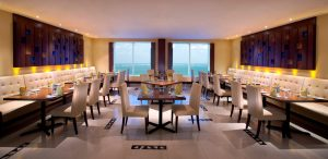 panorama-restaurant-on-43rd-floor-at-emirates-grand-hotel