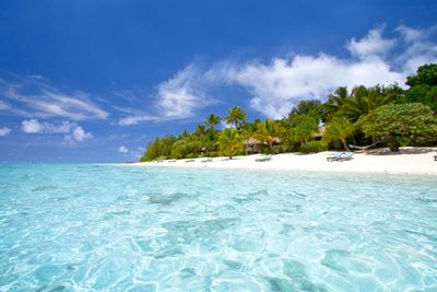 2. Pacific Resort Aitutaki - Beachfront