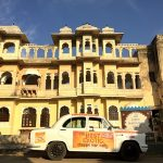 car-rally-in-india-with-nomadic-knights-at-best-exotic-marigold-hotel