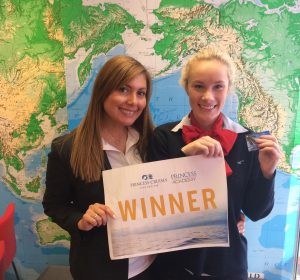 princess-cruises-business-development-manager-nsw-helen-courias-left-with-gift-card-winner-elle-dalton-from-flight-centre-randwick-north