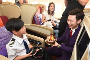 Sweeten You Up Junior Programme_Cabin crew prepared birthday surprise for the kid