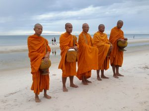 offering-of-alms-to-monks-is-a-daily-ritual-guests-can-partake-at-marriott-hua-hin