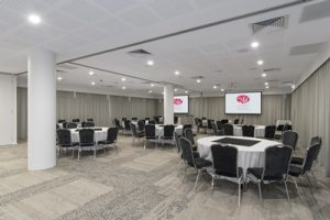 metro-hotel-perth-function-room