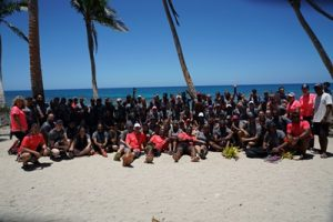 100-competitors-crew-race-to-survive-fiji-2016