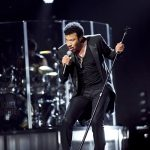 global-superstar-lionel-richie-will-play-saturday-after-race-concert-at-abu-dhabi-grand-prix-f1-2