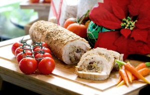 sous-vide-turkey-roulade-with-chestnut-dried-fruits-stuffing-served-with-baked-rustic-potatoes-r