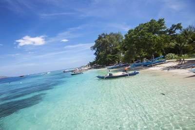 visit-indonesias-gili-islands-by-boat-with-g-adventures