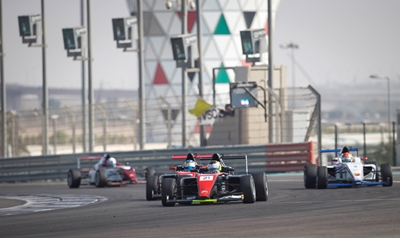 young-motor-racing-drivers-urged-to-study-all-aspects-of-2016-abu-dhabi-grand-prix