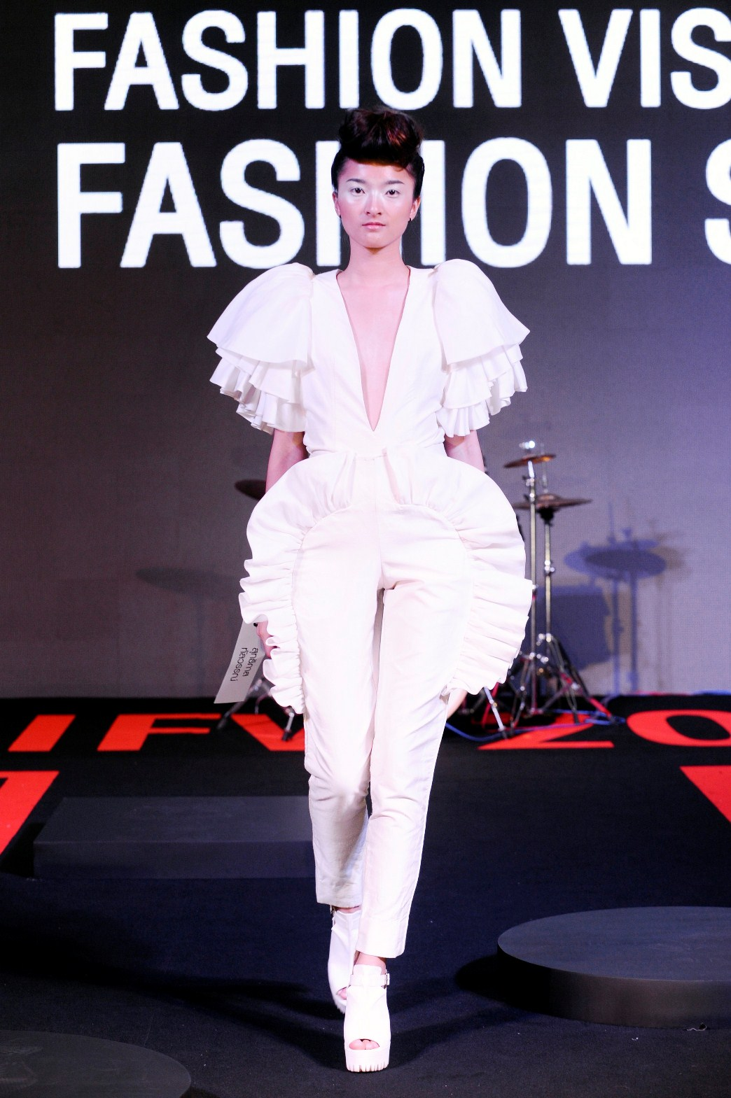 7. Runway Road Fashion Show No.2 Curated by Jitsing Somboon