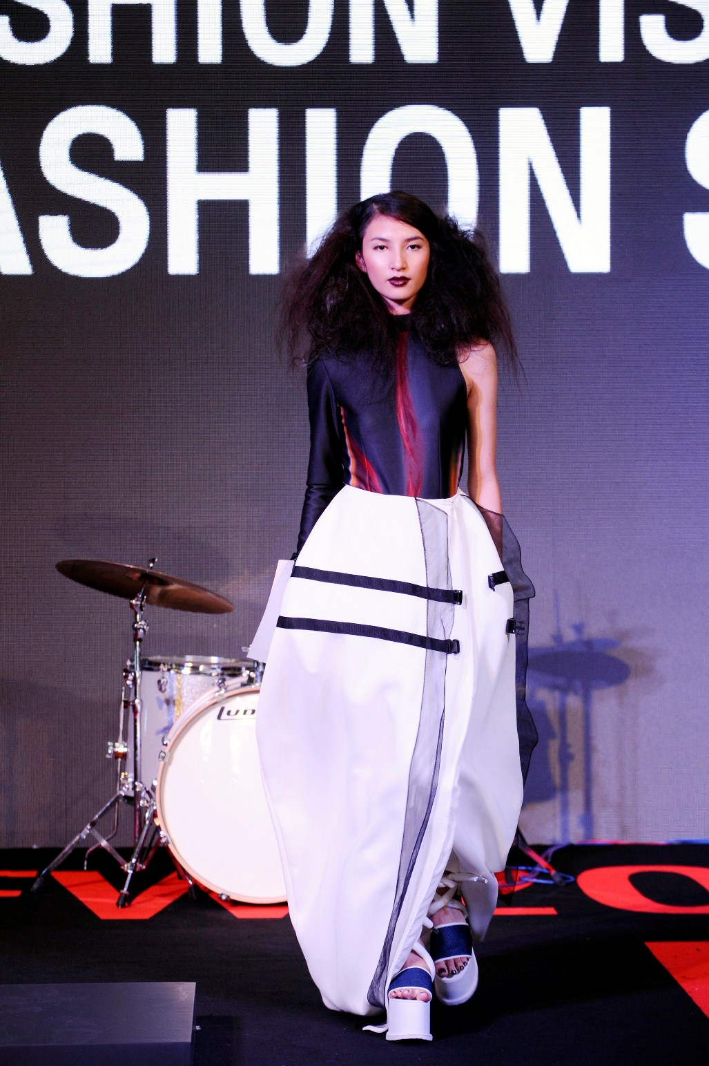 8. Runway Road Fashion Show No.2 Curated by Jitsing Somboon